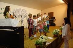 Kinderchor Laubach mit Regina Bauermann, unterstützt von Claudia Born und Ute Uhrig