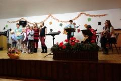 Kinderchor Laubach mit Regina Bauermann, unterstützt von Christine Barth, Claudia Born und Ute Uhrig